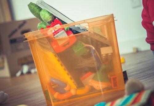Jak skłonić dzieci do sprzątania swojego pokoju?