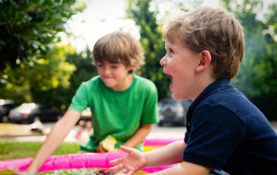 Samodzielny wyjazd dziecka – na co zwrócić uwagę?